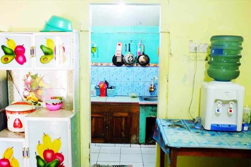 Elsa Homestay Sawarna -Fasilitas dapur lengkap
