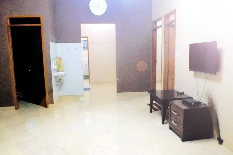 Ruangan Tengah Luas Widadana Homestay
