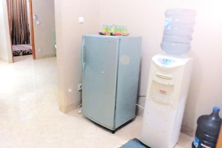 Fasilitas Kulkas dan Dispenser